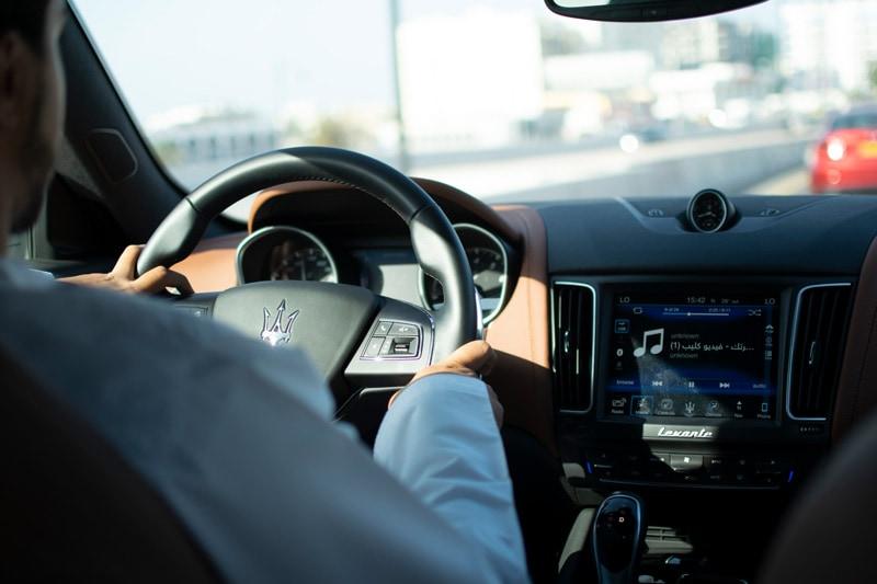 maserati-lavente-S-GranLusso-cockpit