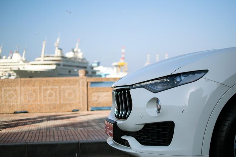 Maserati-lavente-S-GranLusso-harbour-oman-front