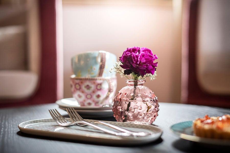 castle-plars-breakfast-table-south-tyrol-gal21