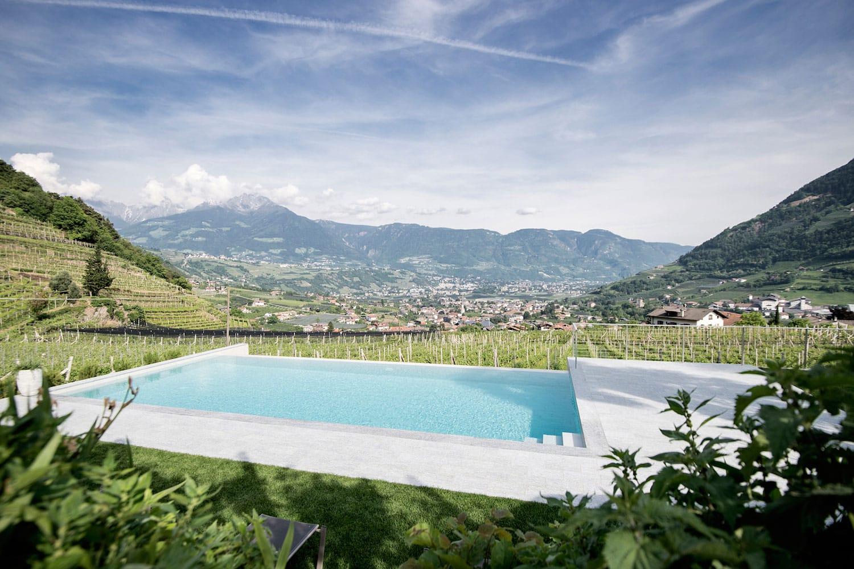 castle-plars-pool-south-tyrol-high