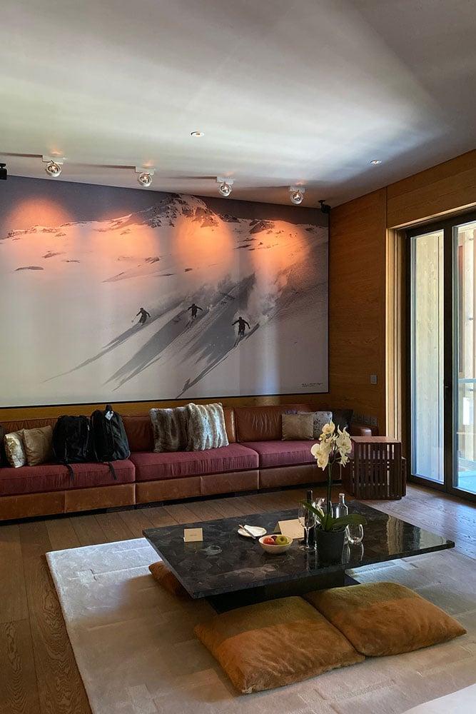 Chedi-livingroom-low