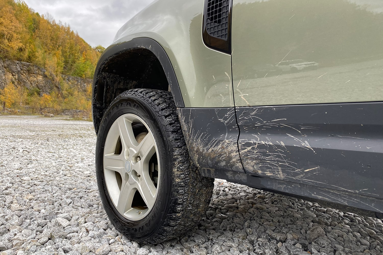 """Release Brake, Steer, Smile!"" - Land Rover Experience Center in Wülfrath 5"