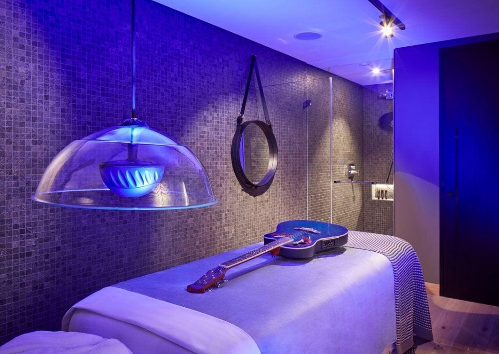 Good Vibrations at Hard Rock Hotel Davos 1